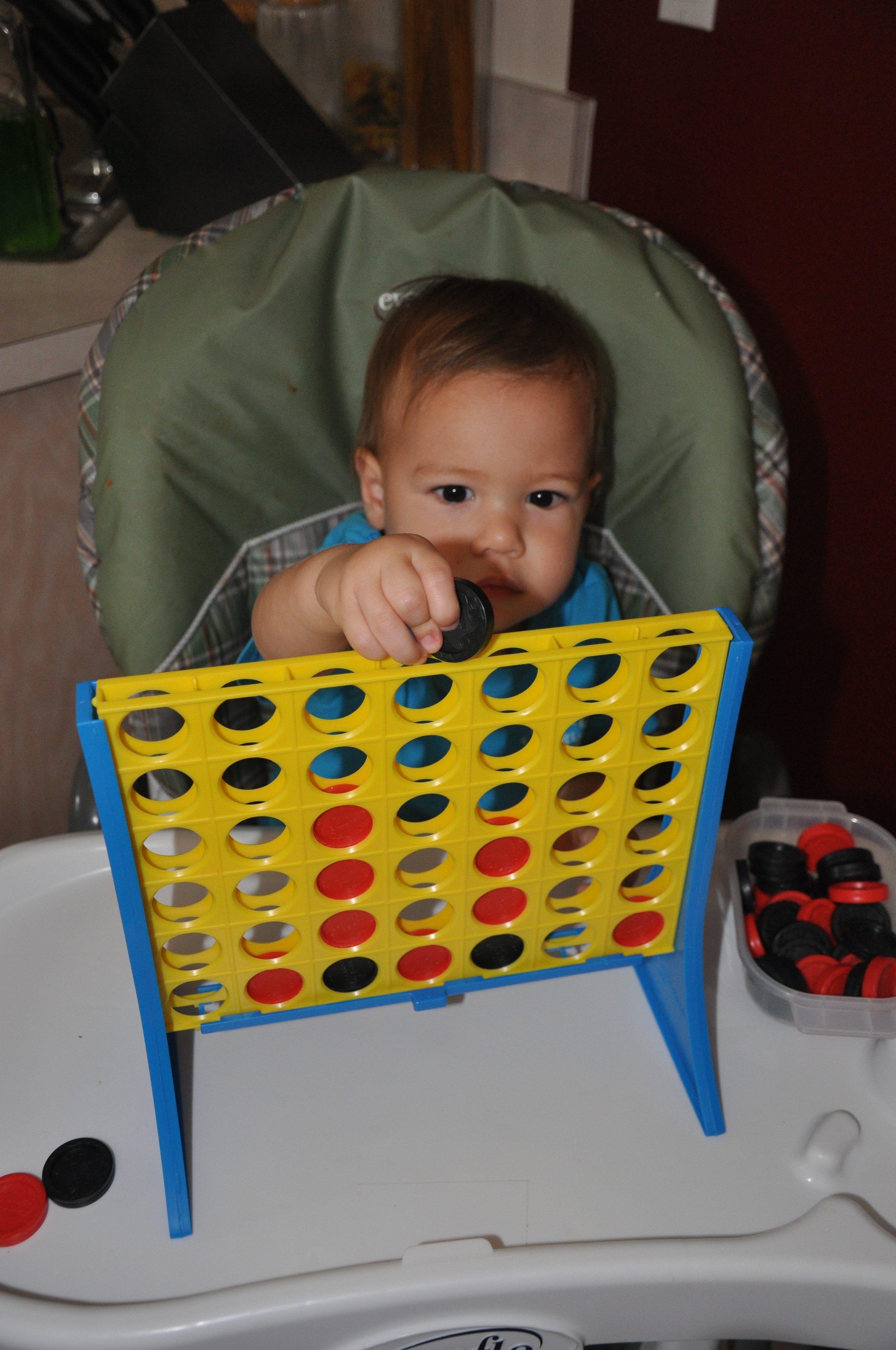 Connect four fun engaging activities for toddlers for Motor skills for toddlers